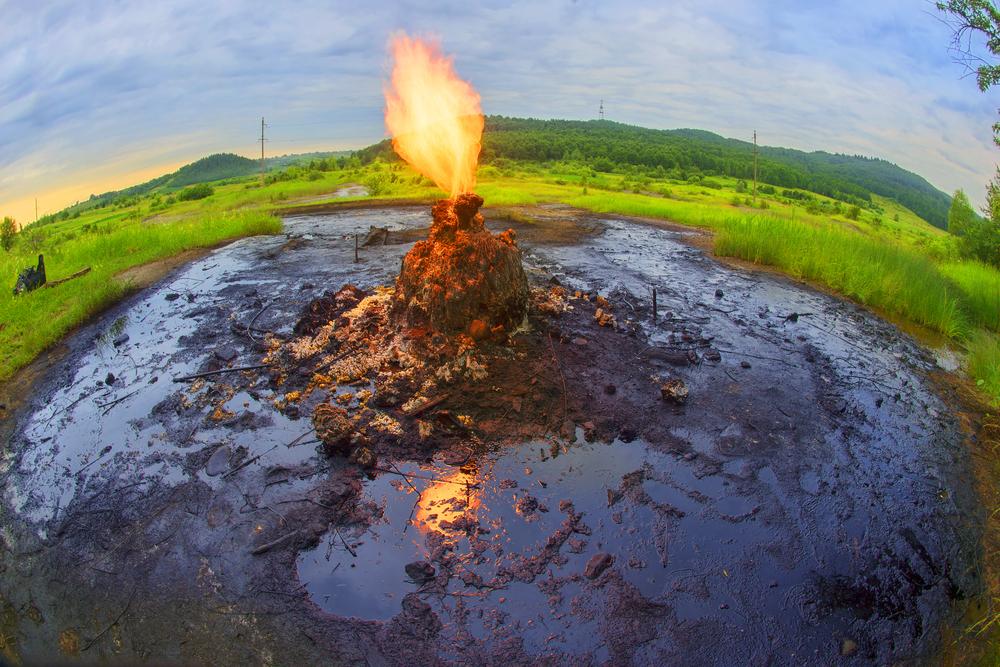 Единственный в мире действующий грязевой вулкан находится в Украине.Вокруг Света. Украина