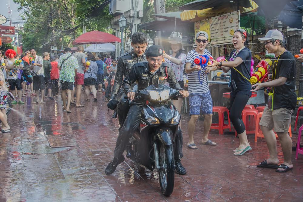 Сонгкран - Новый год в Азии