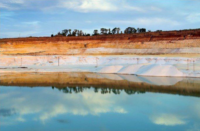 Красивейшее место под Харьковом: белый песок и лазурная вода
