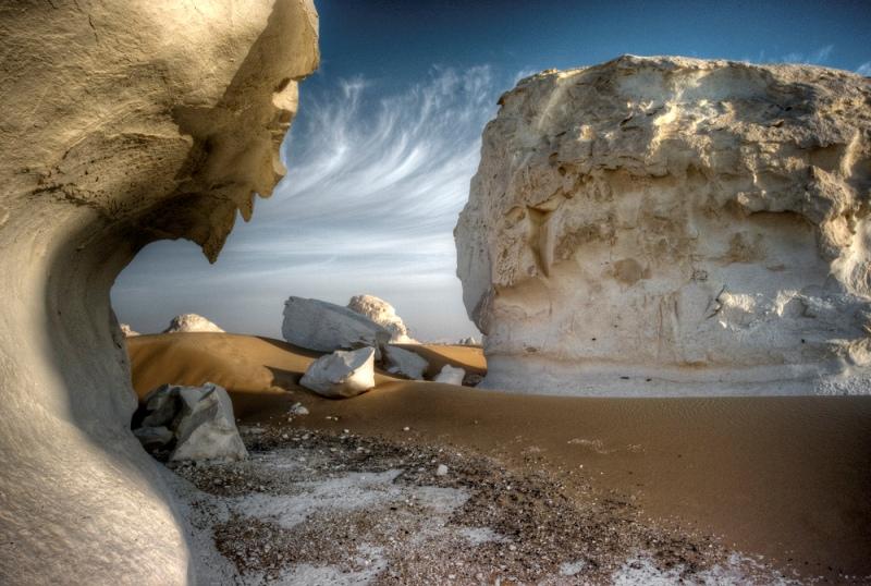 Ветер-скульптор: причудливые фигуры Белой пустыни в Египте