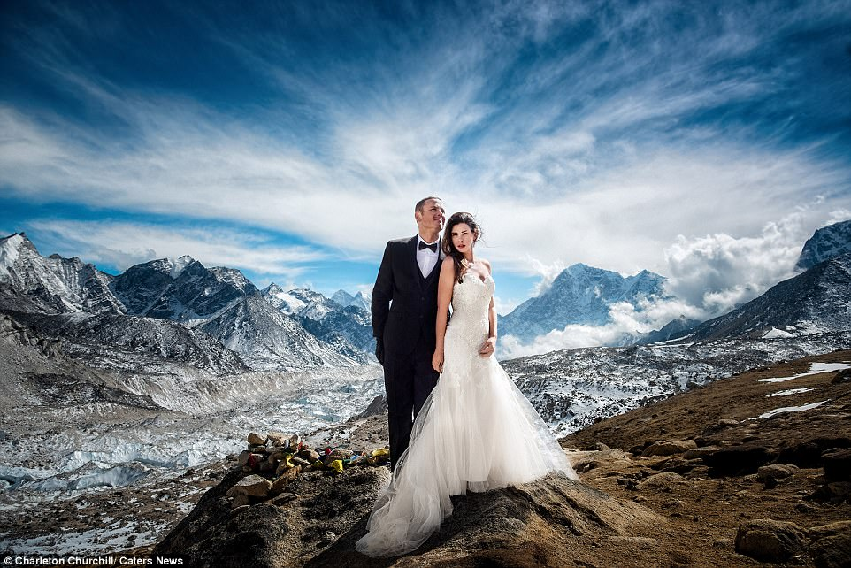Свадьба на Эвересте: суровость гор и хрупкость любви.Вокруг Света. Украина