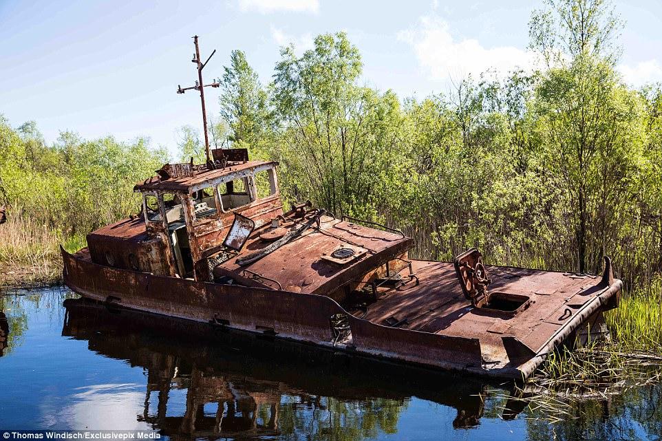 Заброшенная верфь в Чернобыле