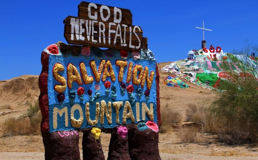 5 удивительных памятников, посвященных миру