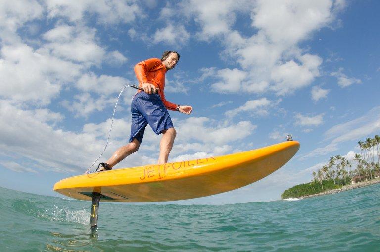 Серфинг в воздухе: доски, на которых летают над водой