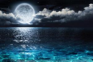 10 завораживающих заливов с сияющей водой