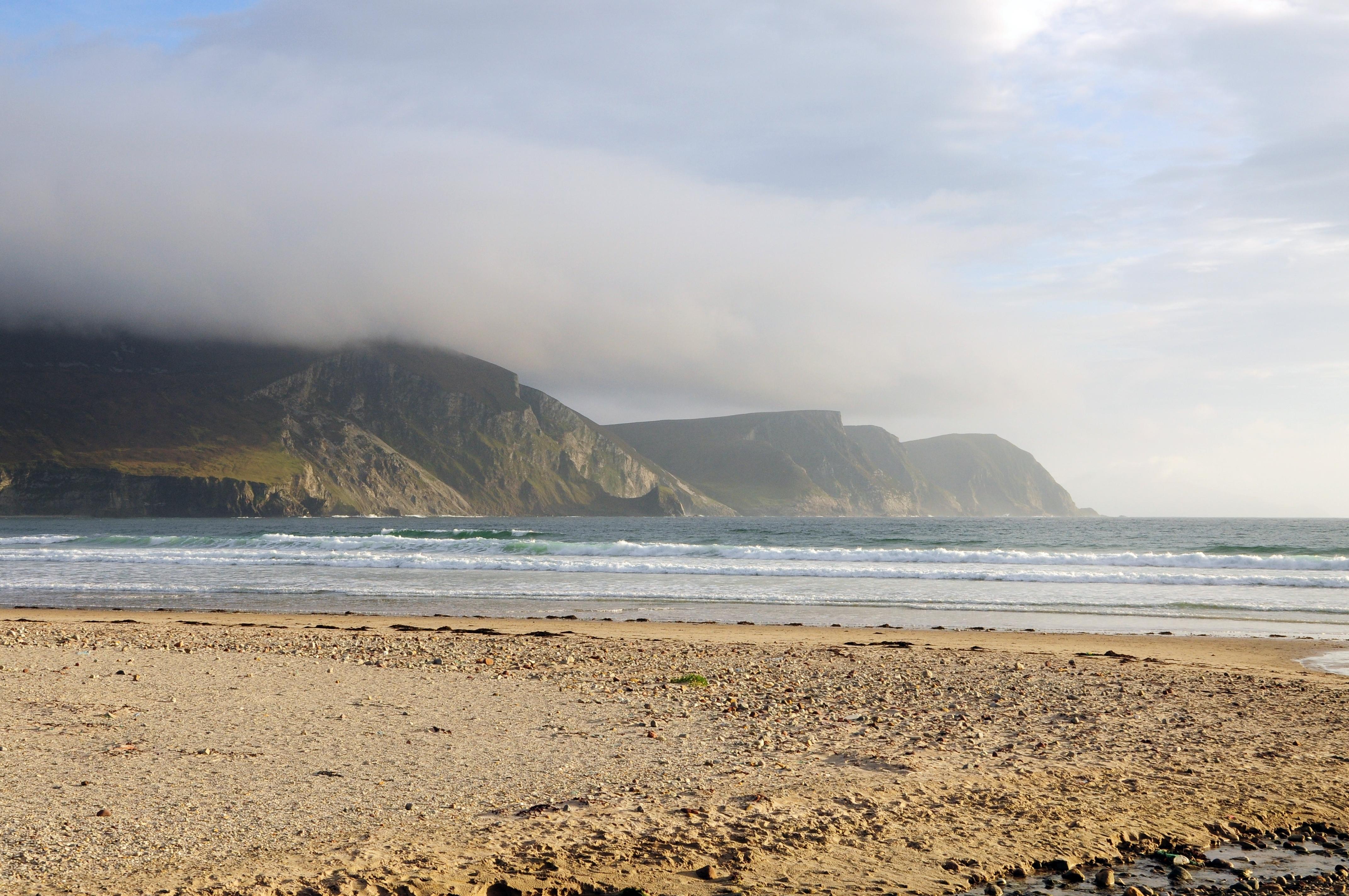 В Ирландии океан «вернул» пляж, который смыло водой более 30 лет назад