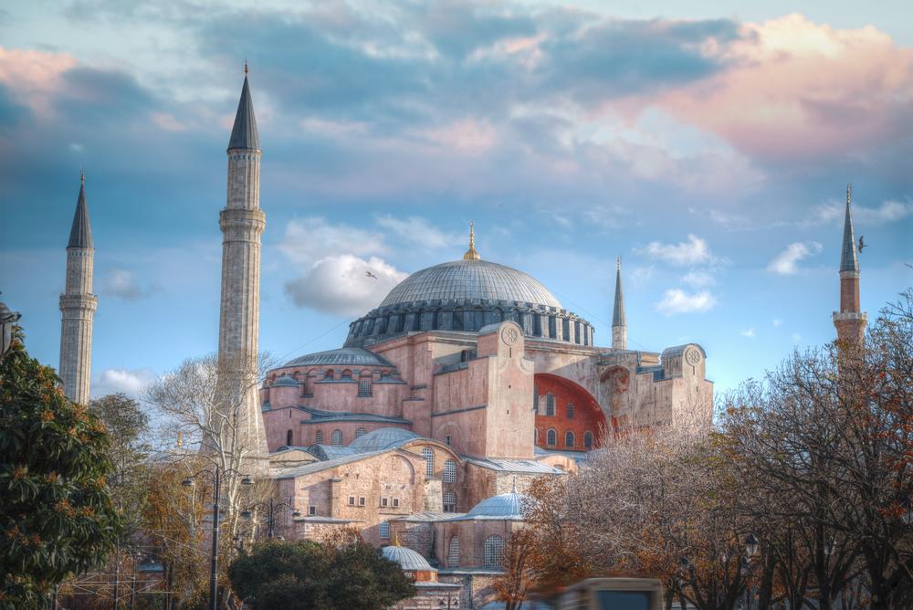 День падения Константинополя – конец Римской империи.Вокруг Света. Украина