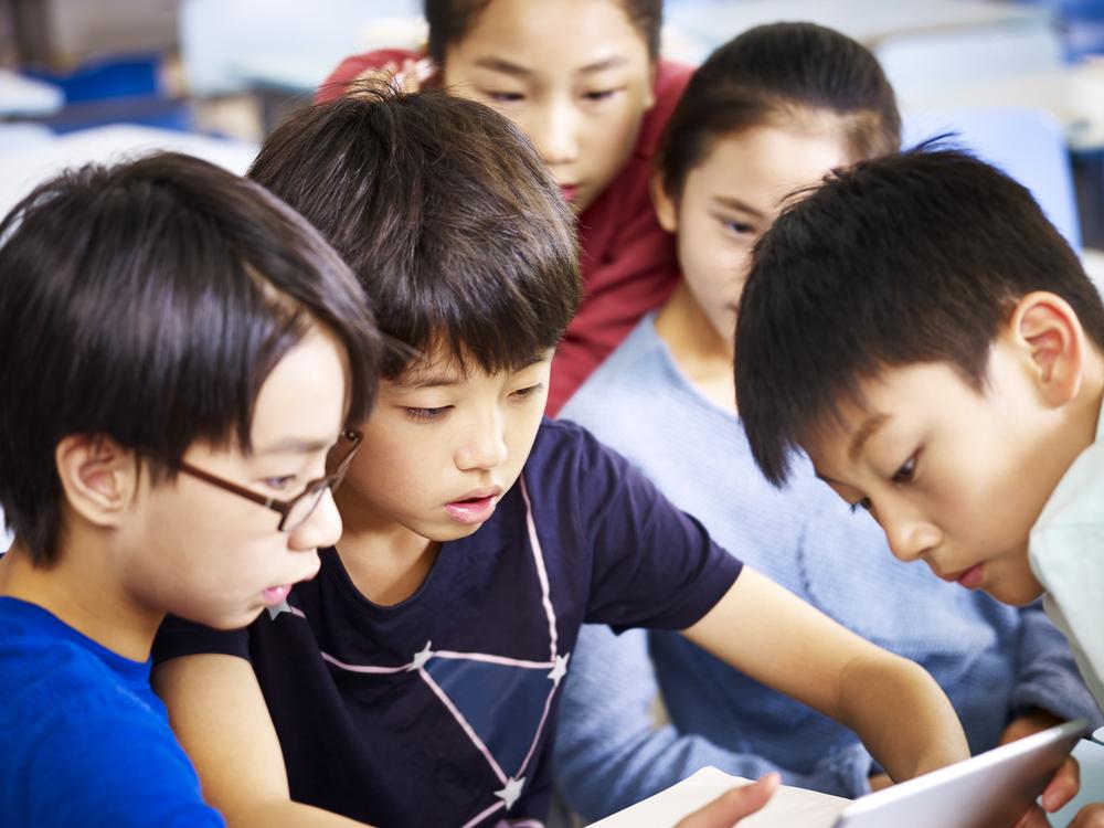 Китайские школьники могут брать оценки «в долг».Вокруг Света. Украина