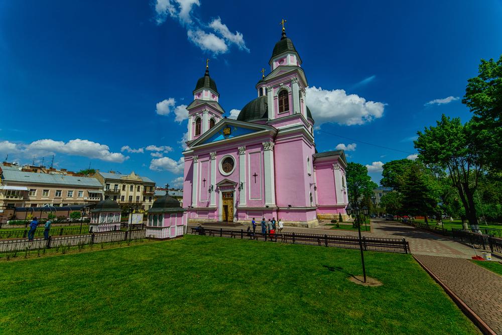 13 идей для бюджетного путешествия в Украине