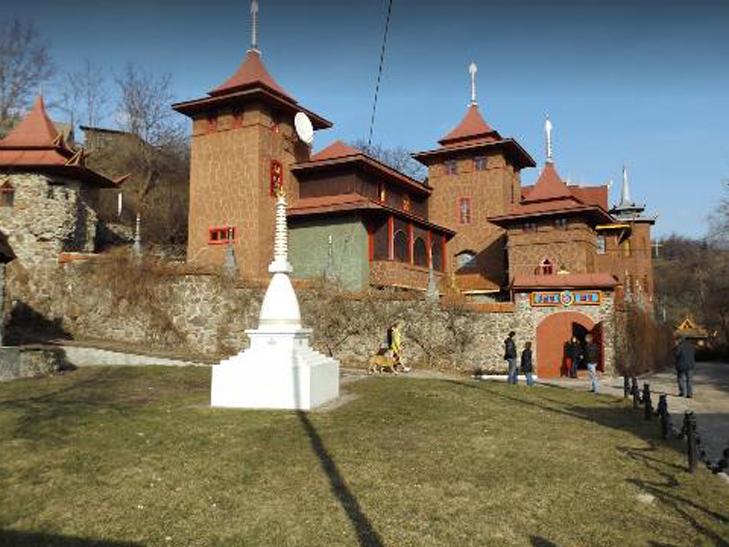 «Белый Лотос» в Черкассах - единственный буддийский храм в Европе