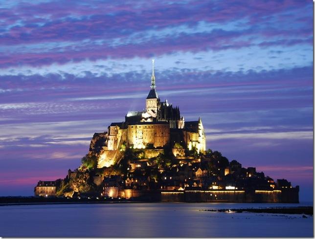 Остров Мон Сен-Мишель: потрясающий непокоренный замок