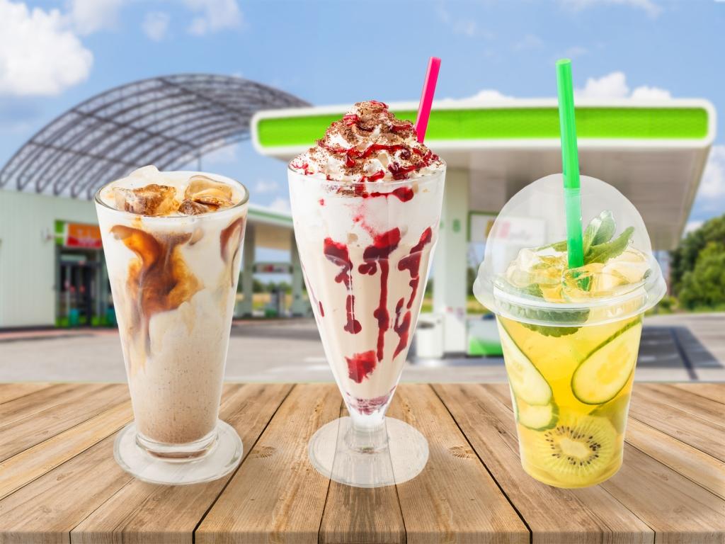 Сеть «ОККО» приготовила новые холодные напитки для горячего лета