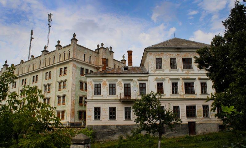 В Тернопольской области продают замок XVII века за $950 тыс..Вокруг Света. Украина