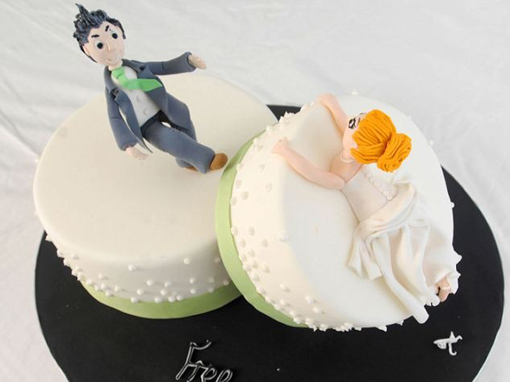 Кондитер из Великобритании создает свадебные торты «наоборот»