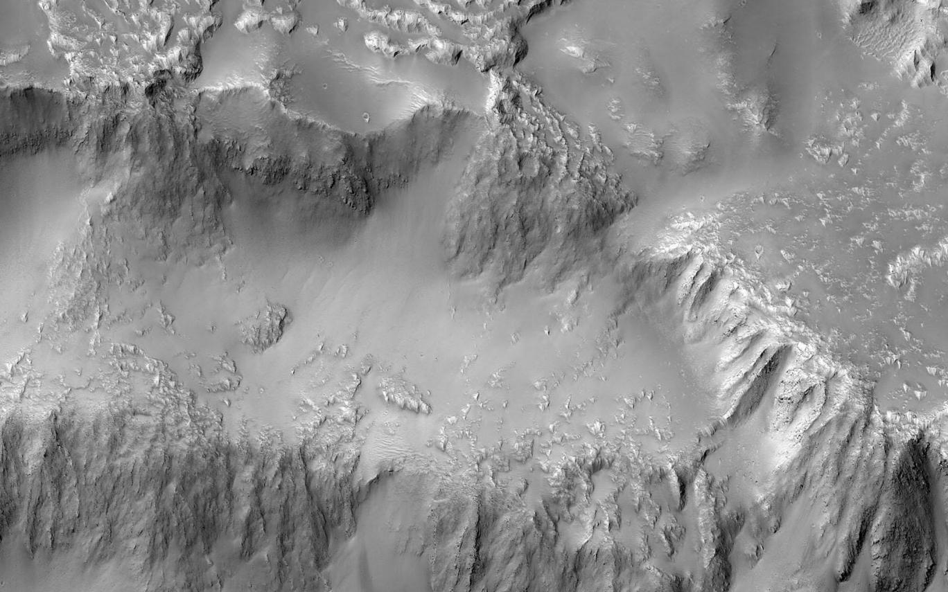 Марсианские водопады из лавы