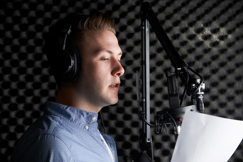 Почему нам так не нравится свой голос в записи