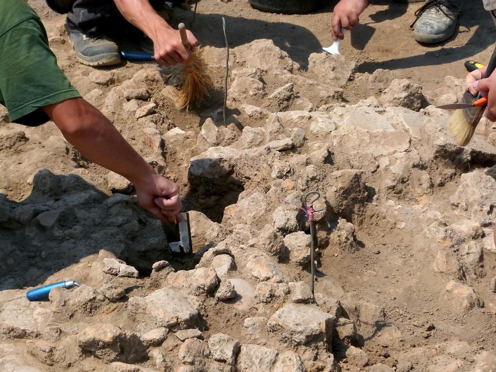 В Китае при чистке канализации обнаружили древний храм Даров Неба
