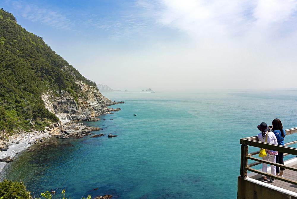 Между небом и морем: в Корее запустят необычную канатную дорогу