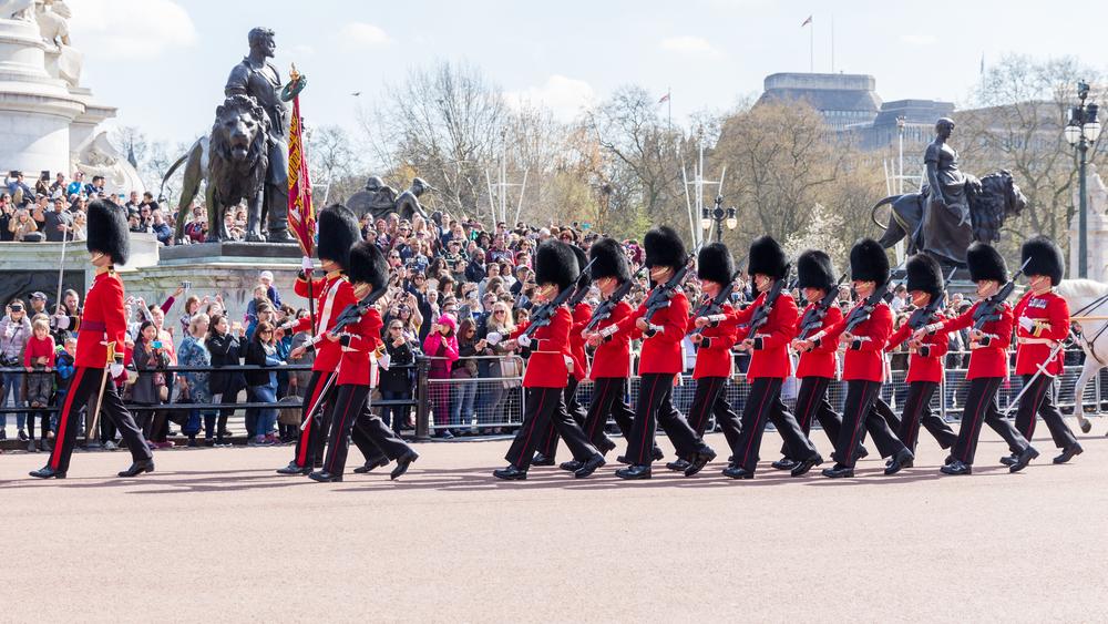 Впервые в истории главой Королевской гвардии в Британии стала женщина