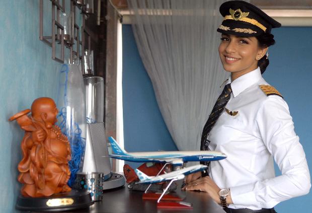 Индианка стала самым молодым командиром «Боинга-777» в мире