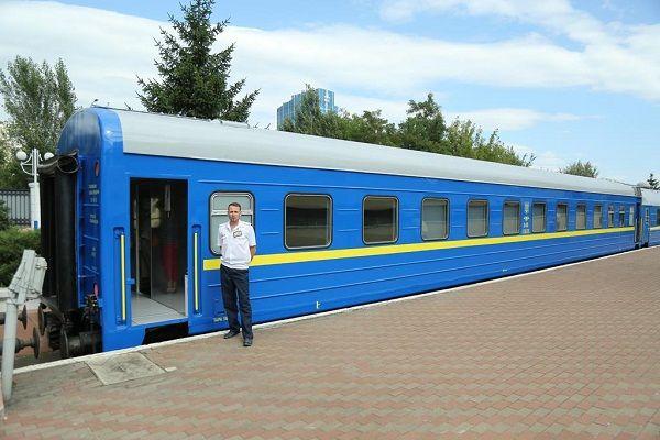 «Укразализныця» показала вагоны после капитального ремонта