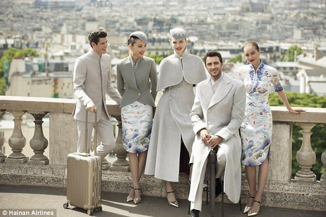 Униформа китайских стюардесс произвела фурор на подиумах Парижа