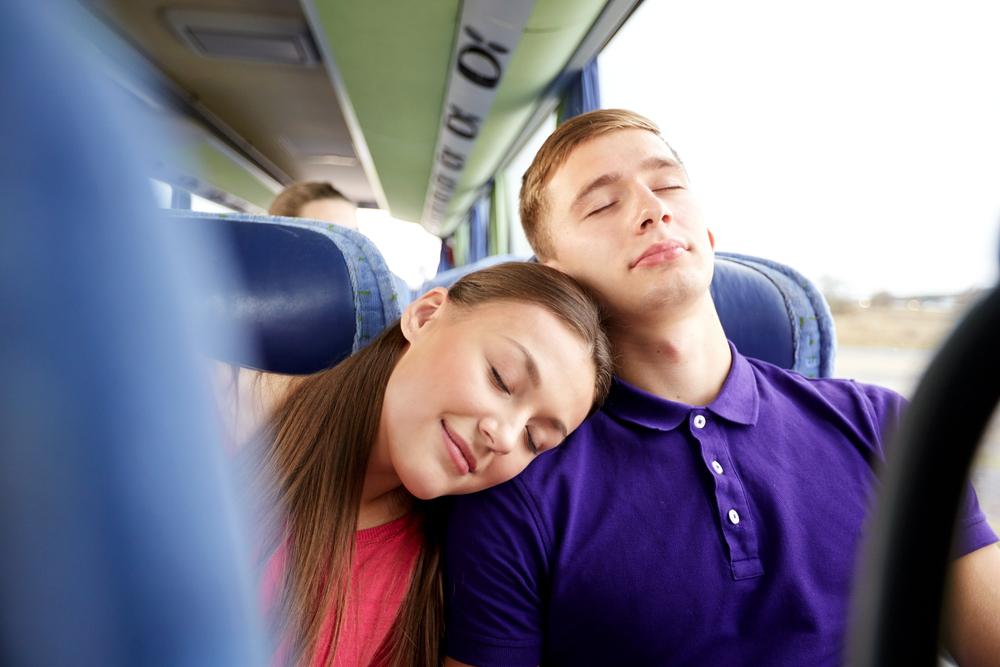 spit-v-avtobuse-video-ochen-krasivie-prostitutki-azii