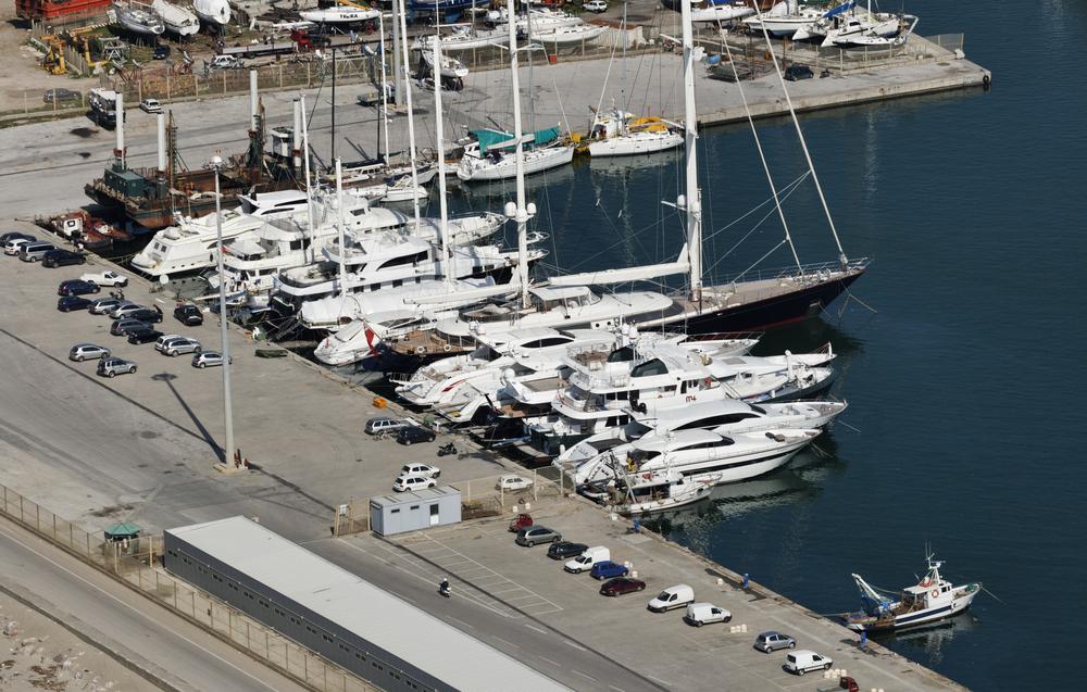Город, где делают самые дорогие яхты в мире