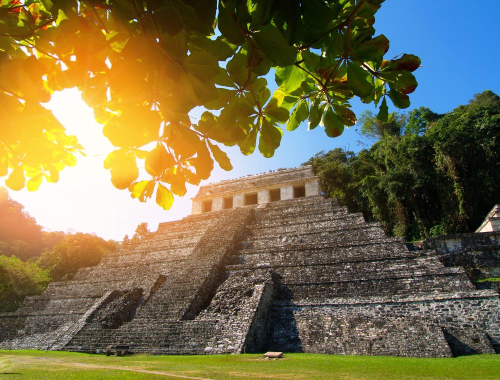 Под мексиканской пирамидой обнаружили таинственный тоннель