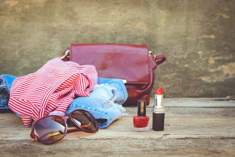Отпуск и красота: какую косметику взять на отдых.Вокруг Света. Украина