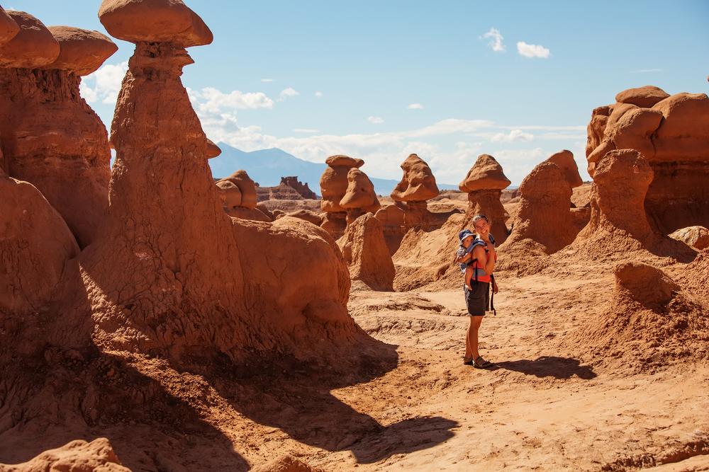 9 природных феноменов, разрушенных из-за идиотизма туристов