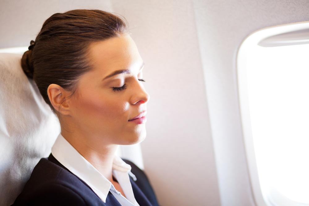 Как ухаживать за кожей в самолете: 7 «нельзя» и 8 «нужно»