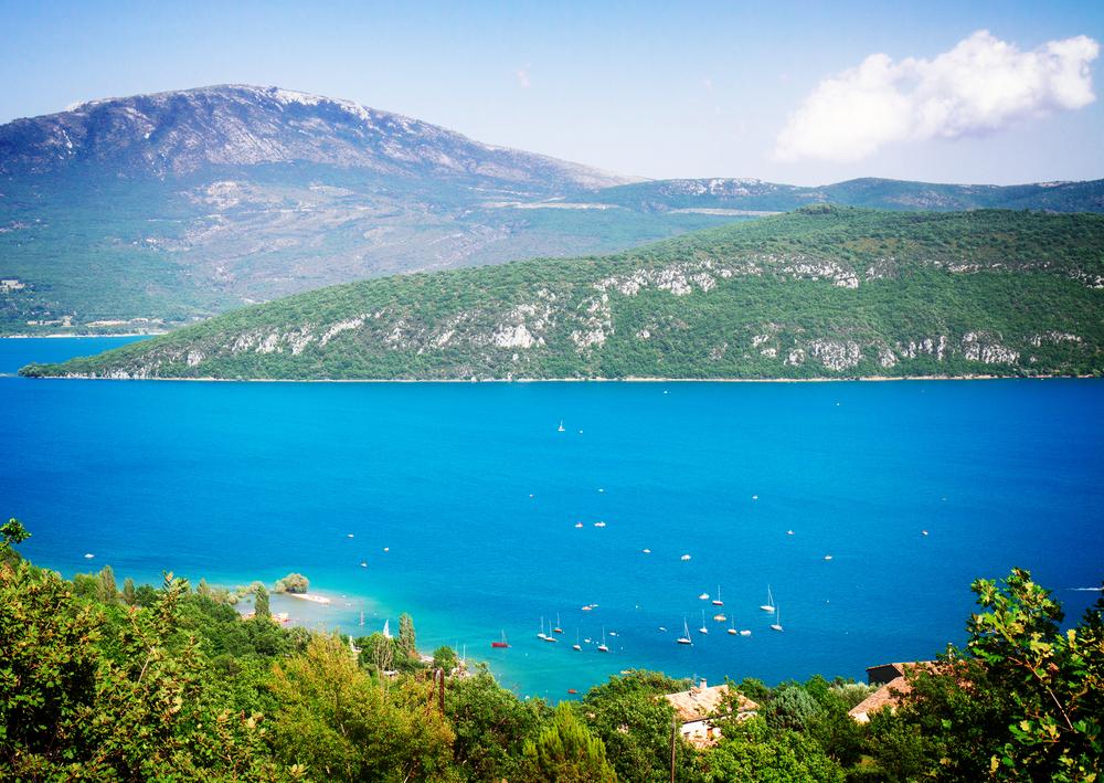 10 самых красивых озер Франции