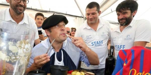 Проспоривший мэр французской коммуны пообедал крысой