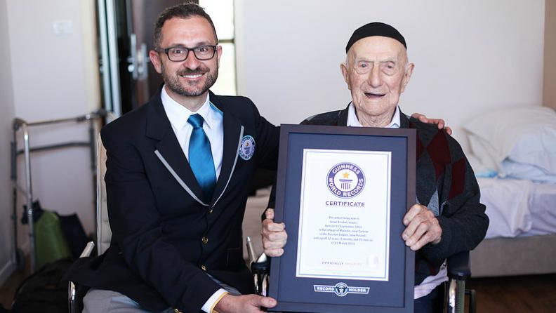 «Я не знаю тайну долгой жизни»: умер самый старый мужчина в мире, переживший Освенцим.Вокруг Света. Украина