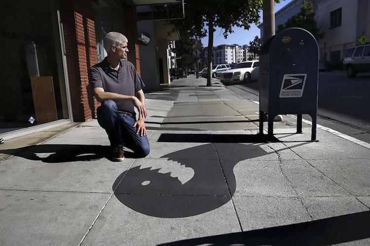 Город в Калифорнии наполнился тенями-монстрами.Вокруг Света. Украина