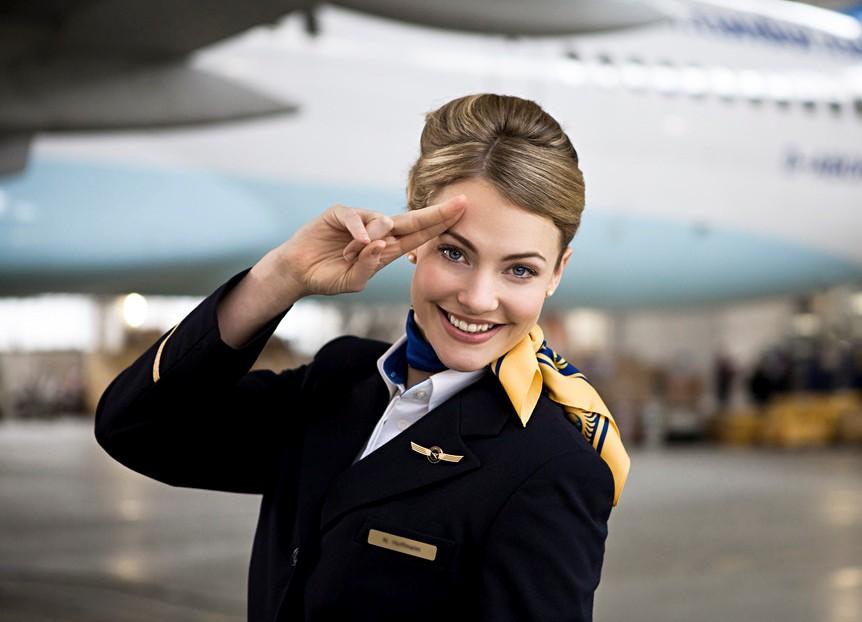 15 каверзных вопросов, которые задают на собеседовании стюардессам.Вокруг Света. Украина