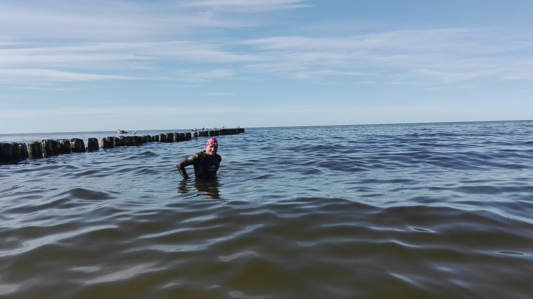 Впервые в истории человек вплавь пересек Балтийское море