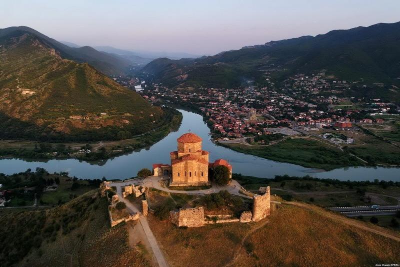 Фотограф снял Грузию с высоты птичьего полета: редкие кадры