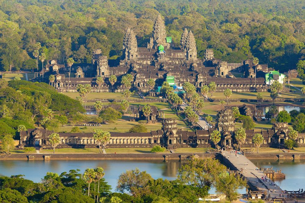 В Ангкор-Ват нашли древнюю статую демона-охранника