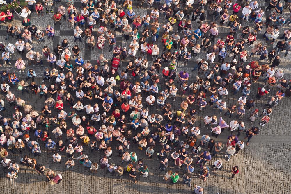 Go home! Европейцы протестуют против засилья туристов