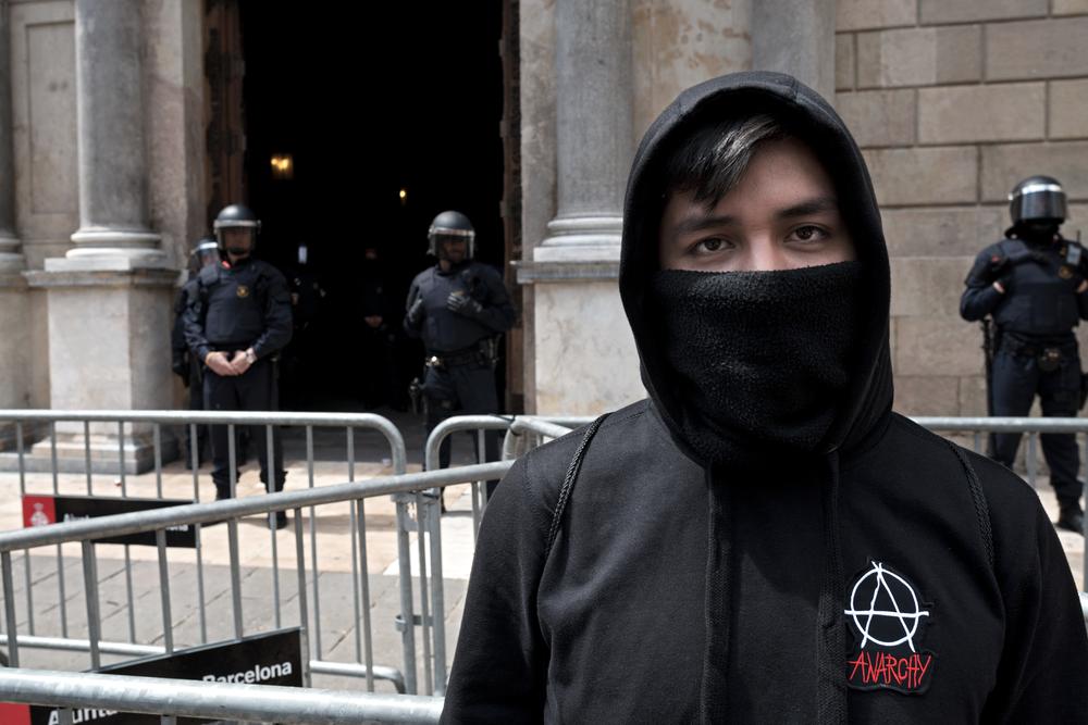 Теракт в Барселоне: 13 погибших и более 100 раненых (видео)