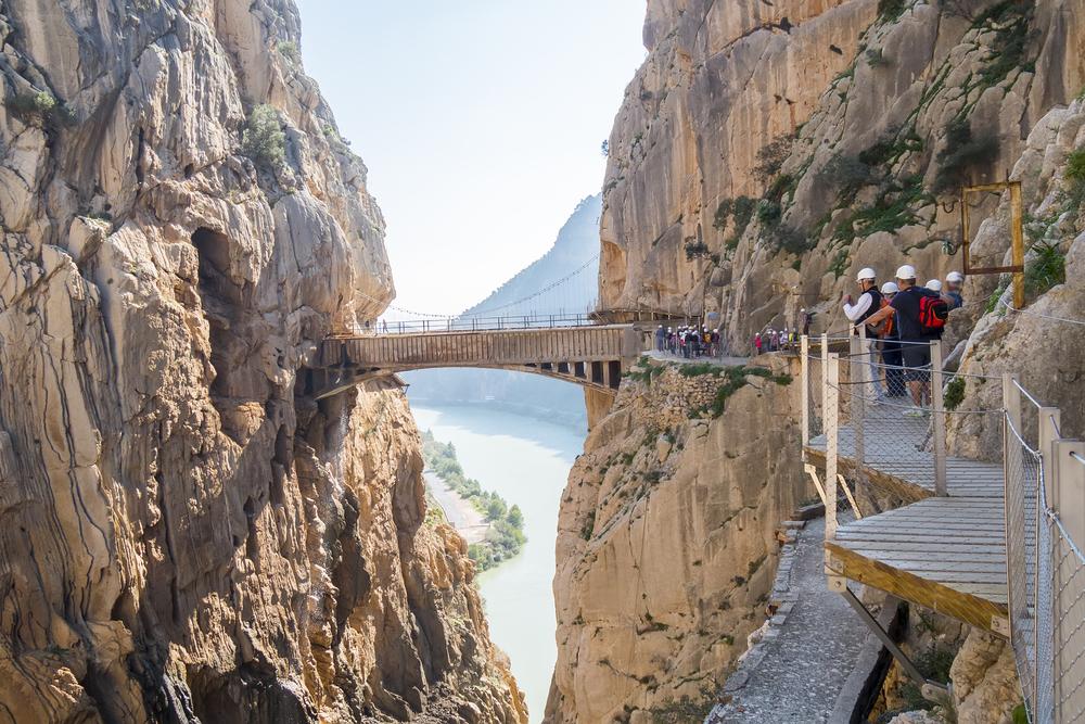Самая опасная тропа в мире находится в Испании: видео