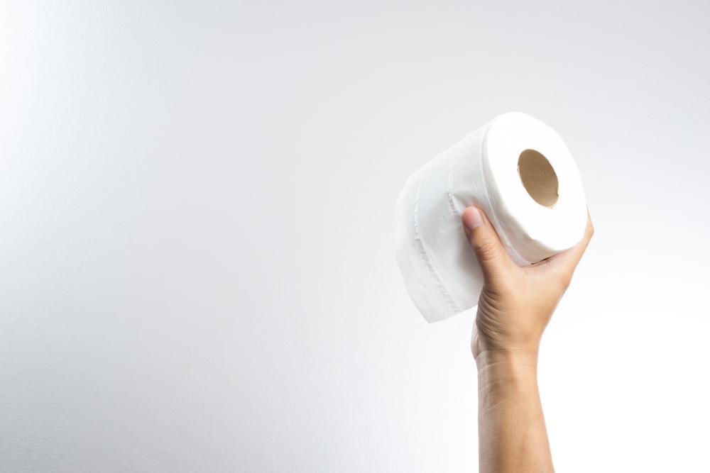 «Теперь я видела все»: в США авиапассажирка стала свидетельницей гонок с туалетной бумагой