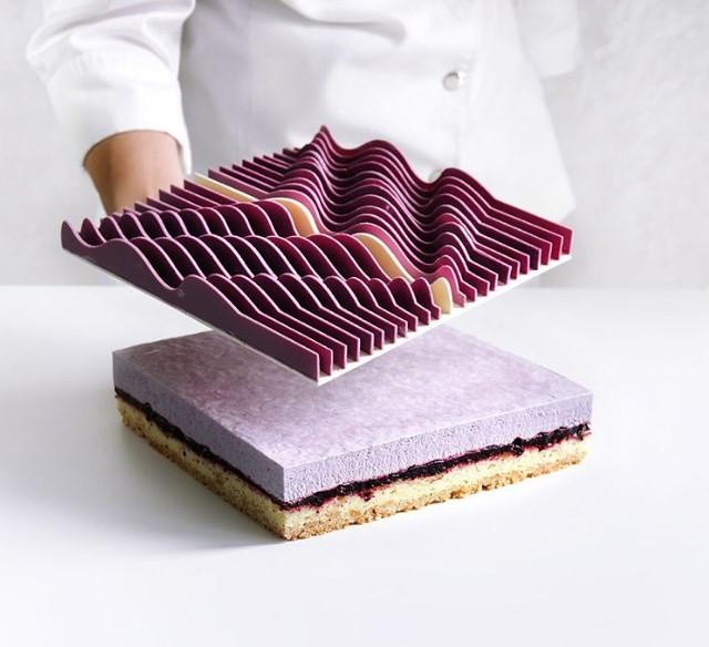 Украинский кондитер делает десерты с помощью 3D-принтера