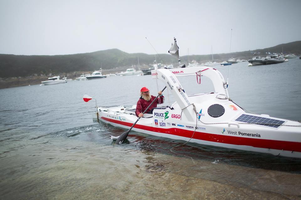 Польский пенсионер пересек Атлантику на байдарке