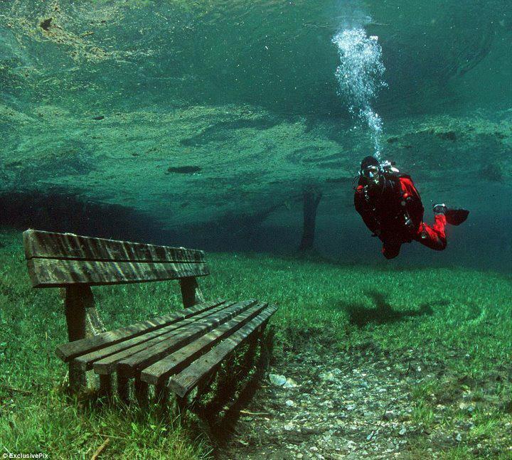 Парк-призрак на дне Зеленого озера