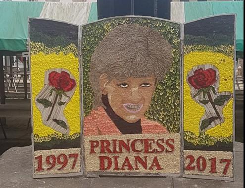 Слабонервным не смотреть: в Честерфилде установили странный  мемориал принцессе Диане