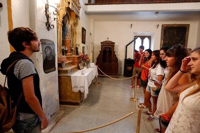 «Пушистый Иисус»: реставратор-дилетант из Испании случайно прославила город.Вокруг Света. Украина