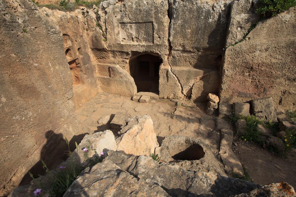 Археологи обнаружили крупнейшее царское захоронение Древней Греции